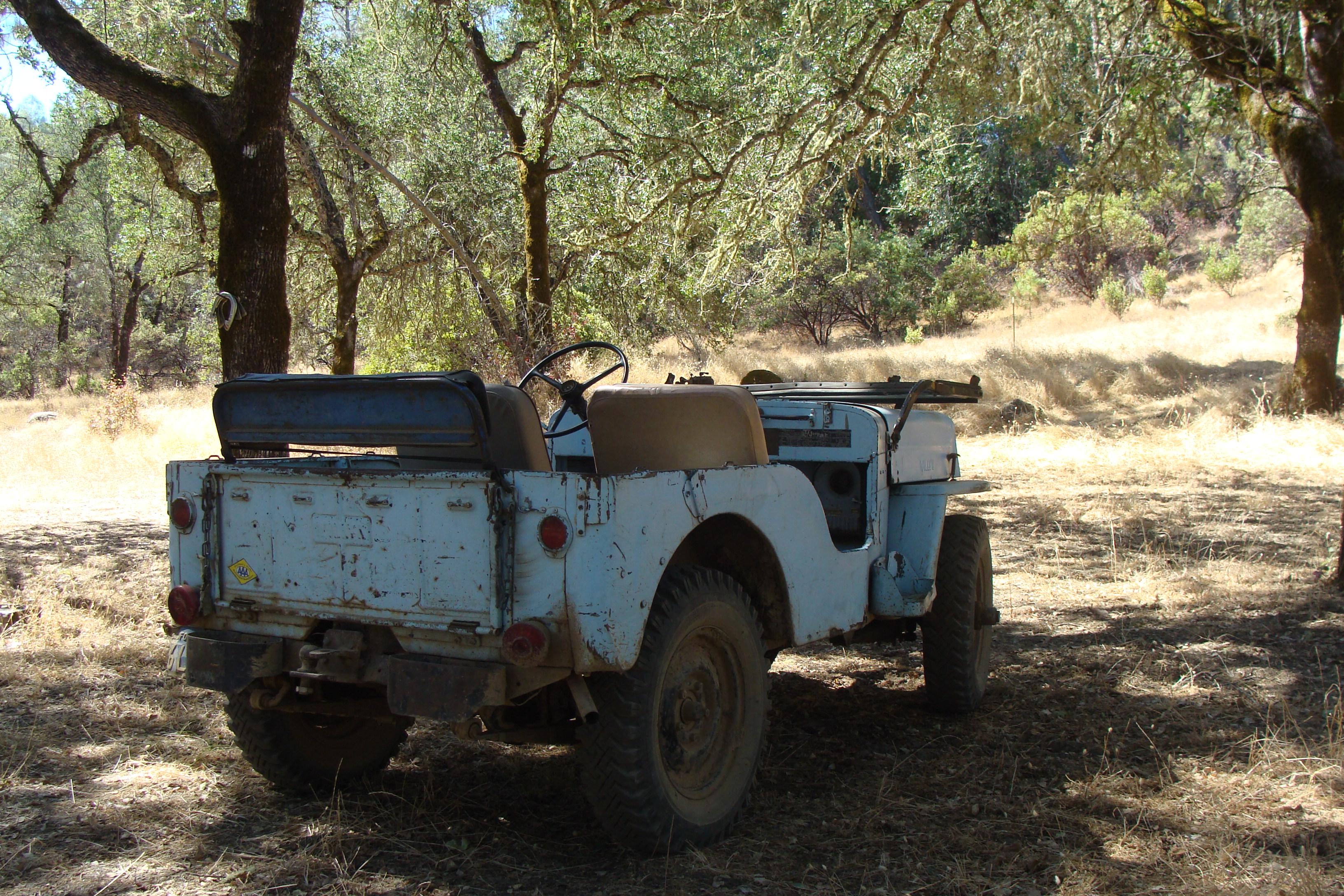 An old World War II. jeep ride at Heibel Vineyards