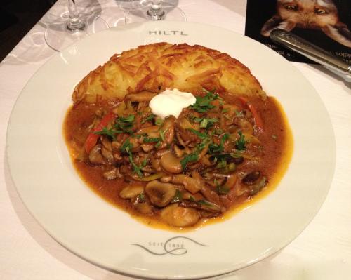 Mushroom stew with rosti