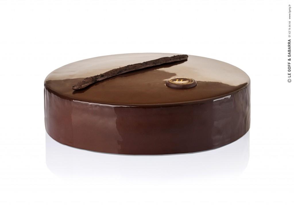 H&V chocolate & Tahitian vanilla cake Jorge Amado