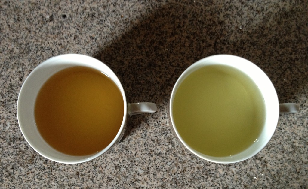 The contrasting colours of two green teas