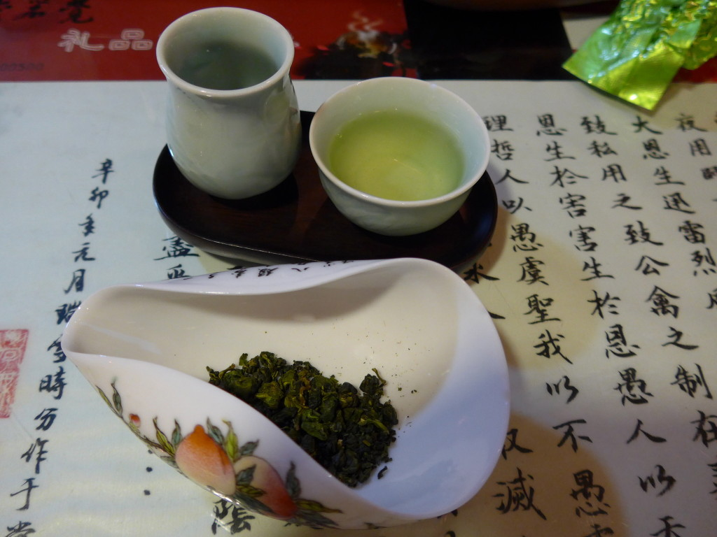 """Green"" slightly oxidized oolong"