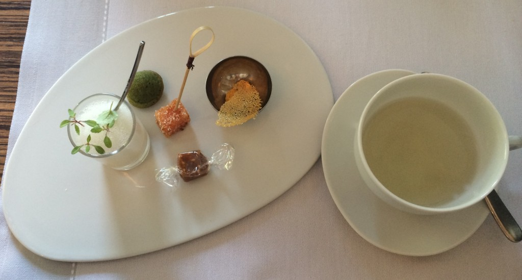 Sweets with tea at Flaveur