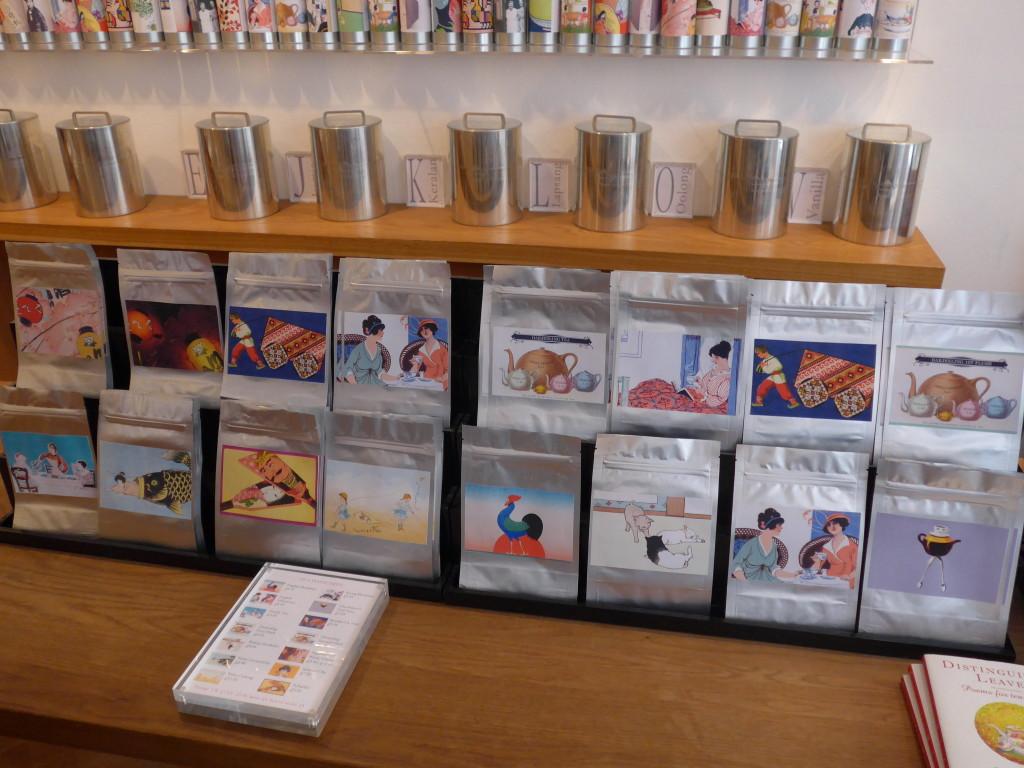 Artistic labels for tea