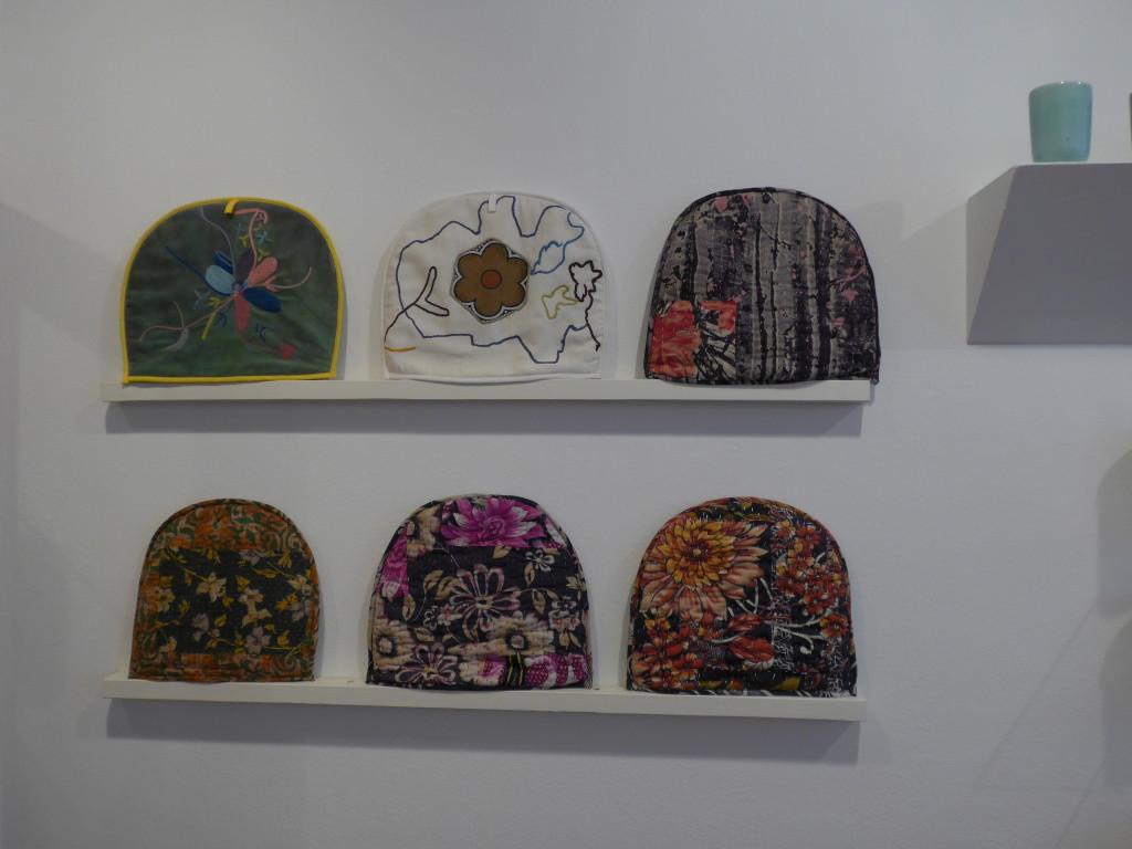 English teapot covers